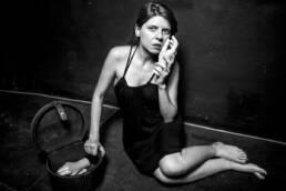 Perdidos. Un lugar para encontrar | Retrato fotográfico de la poeta Miriam Reyes.
