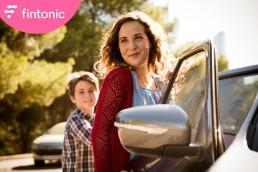 Fotografía publicitaria de los protagonistas del anuncio de Fintonic ´Pipas´ de Fintonic.